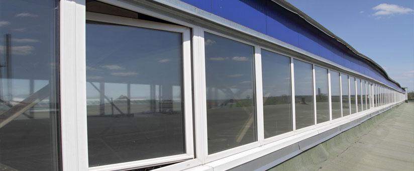 Окна в промышленном здании